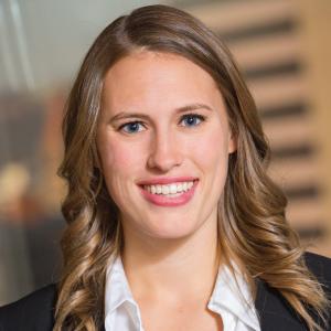 Lauren Mayernik Headshot
