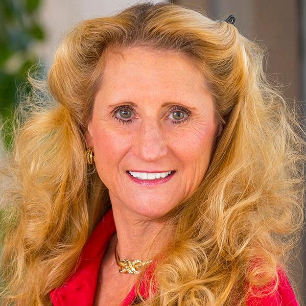 Lisa Kenford Headshot